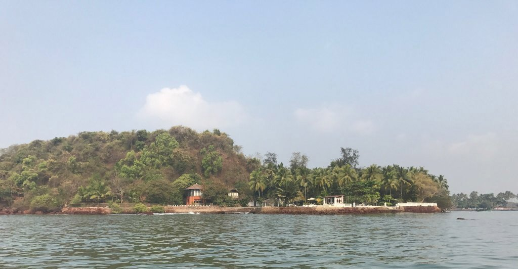Half Day Boat Tour to Grand Island Goa – Snorkeling, Dolphin Trip