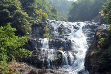 trekking-to-surla-falls-goa